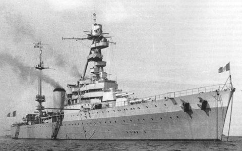 Croiseur%20classe%20Duquesne.jpg
